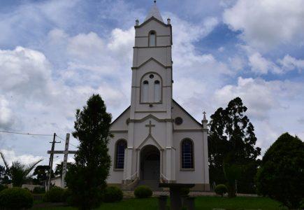 Igreja Católica - Comunidade do Tarumã